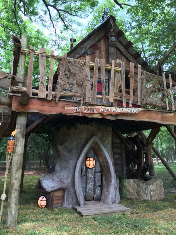 Tiny Town Studios Whimsical Tree House With Pirate Touch