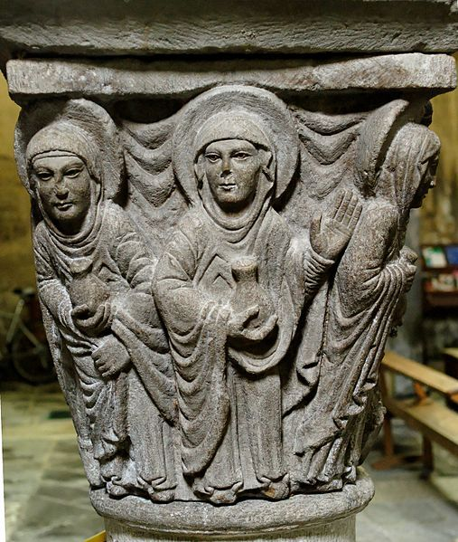 The Holy Women at the grave. Sculpted Romanesque capital from the former choir of the abbey-church in Mozac, 12th century. H. 80 cm (31 ¼ in.), W. 70 cm (27 ½ in.).