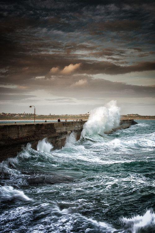 Warrnambool Breakwater | Australia (by Aaron Toulmin)
