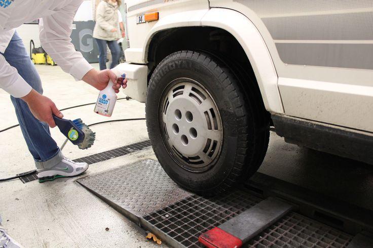 Alles für die Außen-Reinigung von Wohnwagen und Wohnmobil: Reiniger Außen-SAUBER,Shampoo, Insektenentferner, Felgenreiniger, Reinigungs-Sets und vieles mehr.😀 #wohnwagen #wohnwagenreinigen #wohnwagenwaschen #wohnwagenfelgenreiniger #wohnwagenpimpen #wohnwagenordnung #wohnmobil #wohnmobilreinigen #wohnmobilfelgenreiniger #wohnmobilpimpen #wohnmobilordnung #reisemobil #reisemobilreinigen #reisemobilpflege #caravan #caravanpimpen #caravanordnung #camperpflege #camperpflegeprodukte…