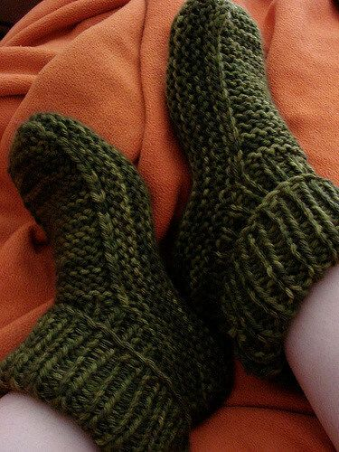 Easy Knitting Ideas For Adults : Top free knit crochet slippers patterns baby