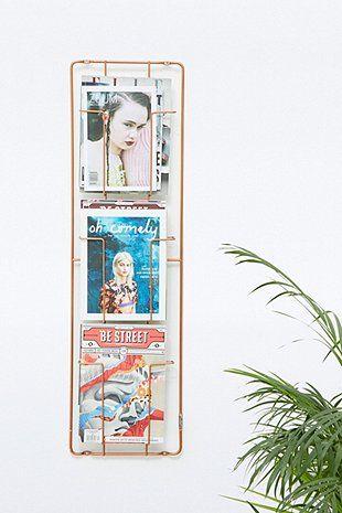 Wandhalterung für Magazine aus Kupfer mit drei Fächern