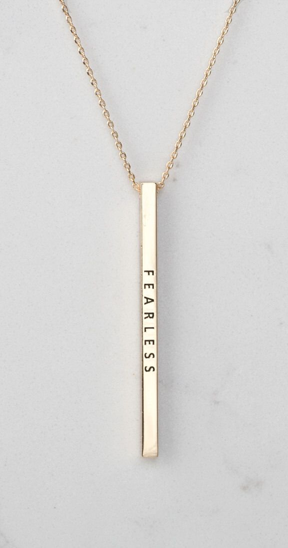 Live live fearlessly. This gorgeous pendant necklace is adjustable to 3 different lengths and is the perfect finishing touch to any outfit. Wear this proudly around your neck on its own or layered with your other fav SI necklaces. This beautiful piece also makes a great gift for that special person in your life!
