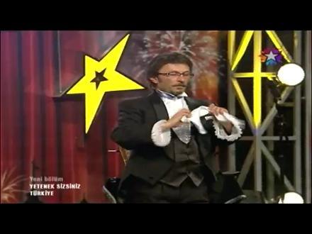 22 Eylül Cumartesi Star Tv Yetenek Sizsiniz İllüzyonist Nusret Aktay  - http://www.video-izle.web.tr/22-eylul-cumartesi-star-tv-yetenek-sizsiniz-illuzyonist-nusret-aktay.html