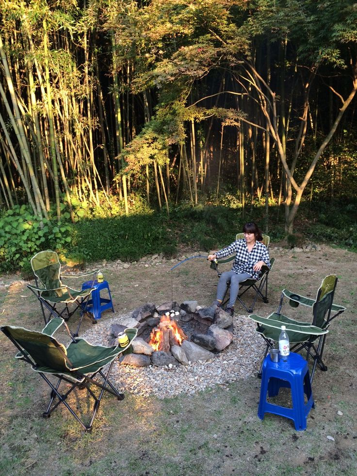 Campfire and s'mores.  #damyang #campfire #pension