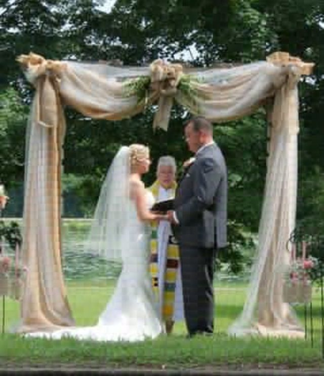 Burlap Wedding Altar: 25+ Best Ideas About Wedding Arbor Decorations On