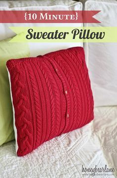 10 minute sweater pillow, Love this for the Holidays!
