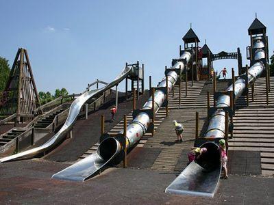 http://www.szuloklapja.hu/gyermekneveles/3120/5-kulonleges-jatszoter-budapesten-ahova-feltetlenul-menjetek-el-a-gyerekekkel.html