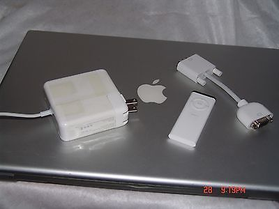 "Apple Macbook Pro A1229 17"" Core 2 Duo 2.4GHz 4GB RAM HDD 160HDD (2007)"