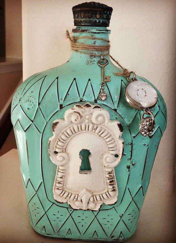 Vintage+Inspired+Crown+Royal+Bottles+von+SerendipityYallGoods