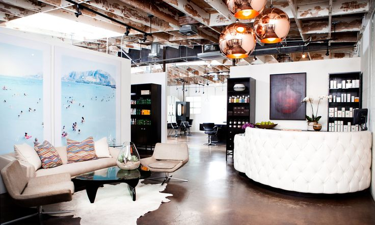 Where do Diane Kruger, Demi Moore, Nicole Richie, and Jessica Alba go to get their hair styled? Look no further than Andy Lecompte Salon in the heart of West Hollywood.