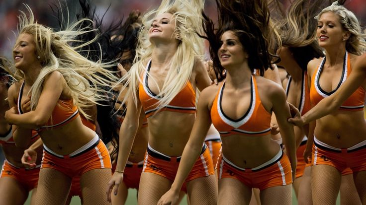 B.C. Lions' Felions cheerleaders