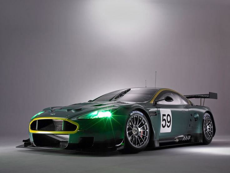 2005 Aston Martin DBR9 - Side Angle - 1920x1440 Wallpaper