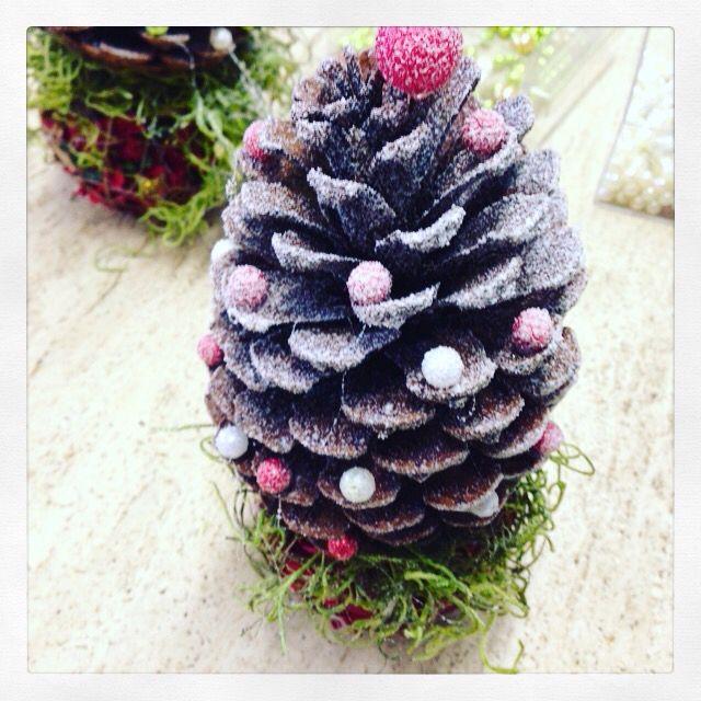 Abete Natale con pigna