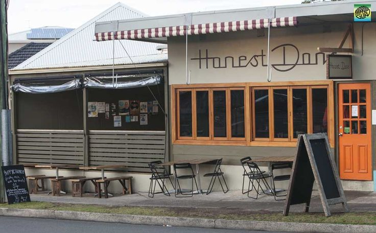 "Honest Don's a sunny little cafe in Thirroul, that sells good solid ""honest"" food and great coffee."