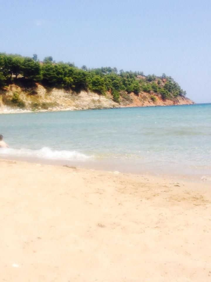 The beach at Chrisi Milia  chrisi-milia-alonnisos.jpg (720×960)