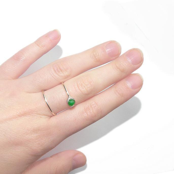 The double ring and the moving stone - Inelul dublu si piatra miscatoare.