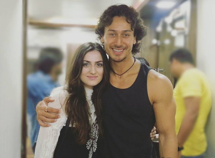Elif Khan and Tiger Shroff Photo