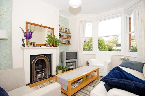 Balfour Road Two bedroom house for sale in Fielding School Catchment Area