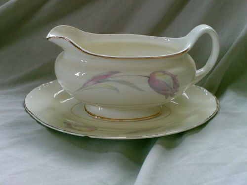 Tulip Gravy Boat and Oval Underplate. No dimensions given (. $11.99/set & 844 best Dinnerware: China Q - T images on Pinterest | Dishes Dish ...