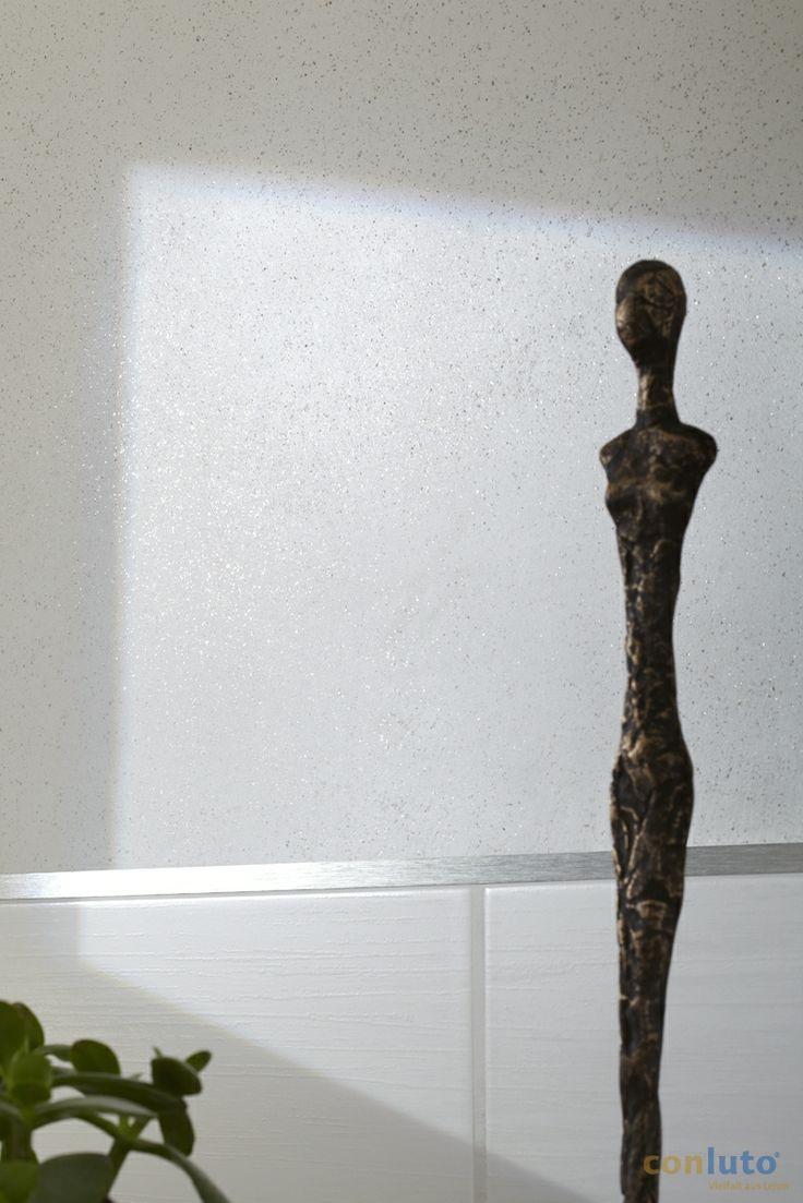 śnieżnobiała gładź gliniana z dodatkiem miki żelazowej http://www.dom-z-natury.pl/gladz_gliniana.html