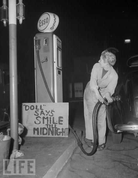 Old Gas Station Pictures - Vintage Gas - Oil Signs, from