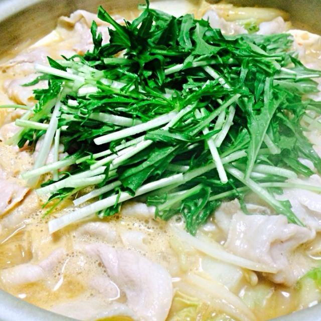 寒ーい日は、あったかお鍋であったまろ♡ - 8件のもぐもぐ - 豆乳ゴマ味噌 はりはり鍋〜♪ by hitomi