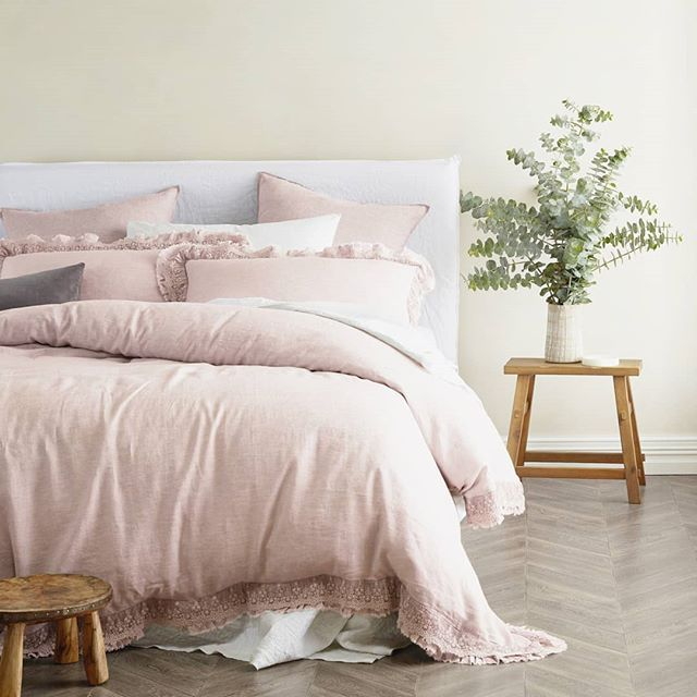 So Pink So Perfect Shop The Provincial Lace Edge Linen Quilt Cover Set From Vintage Design Homewares Quilt Cover Sets Quilt Cover King Size Quilt Covers