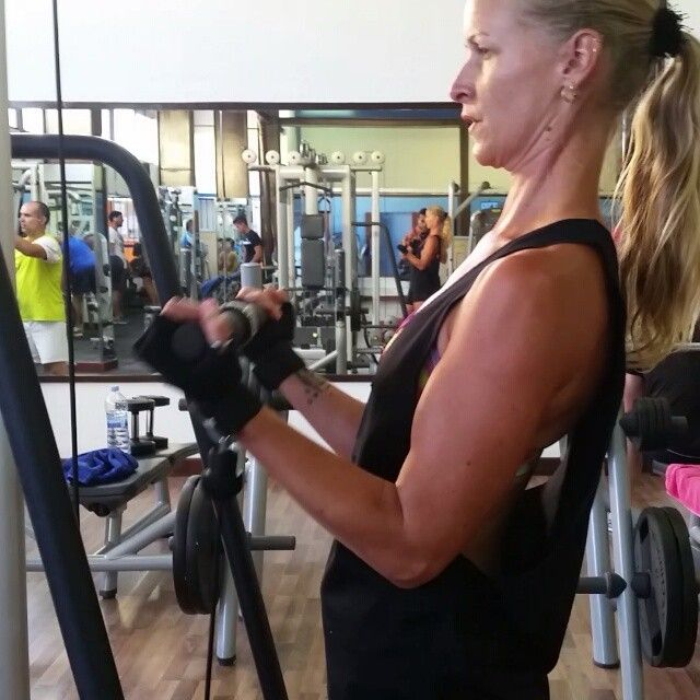 #biceps are coming on nicely! Guy in the corner made me #giggle for a sec...he is always coming up with quite 'creative exercises'