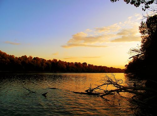 Tiszai naplemente / Sunset over River Tisza- Szeged, Hungary