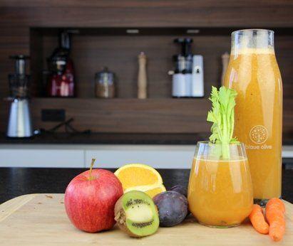 250g Apfel 250g Karotte 4 Kiwi 1 Stangensellerie 250g Pflaume 250g Orangen ...