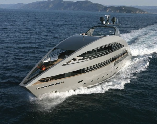 Yatch by Norman Foster