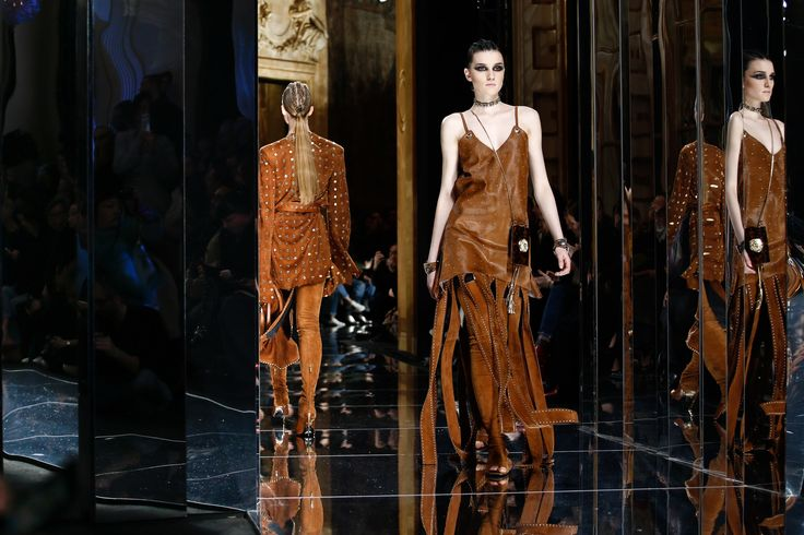 Balmain Fall 2017 Ready-to-Wear Atmosphere and Candid Photos - Vogue