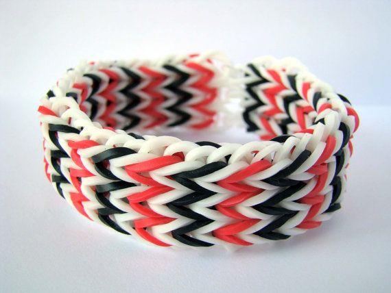 Advanced Rainbow Loom Pattern Tutorials: Triple Fishtail Loom Bracelet from YourPaperPlace