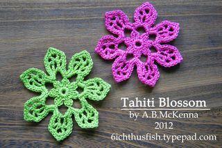 It's a Creative World: New Crochet Flower Free Pattern... 'Tahiti Blossom'