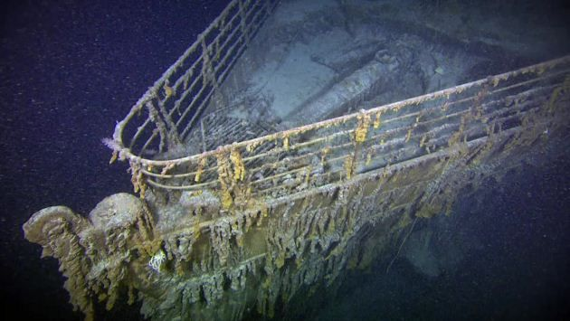 Don Wildman goes on the scene to investigate the sinking of the Titanic.