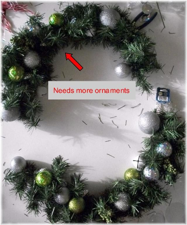 Single wreath for double door                                                                                                                                                                                 More