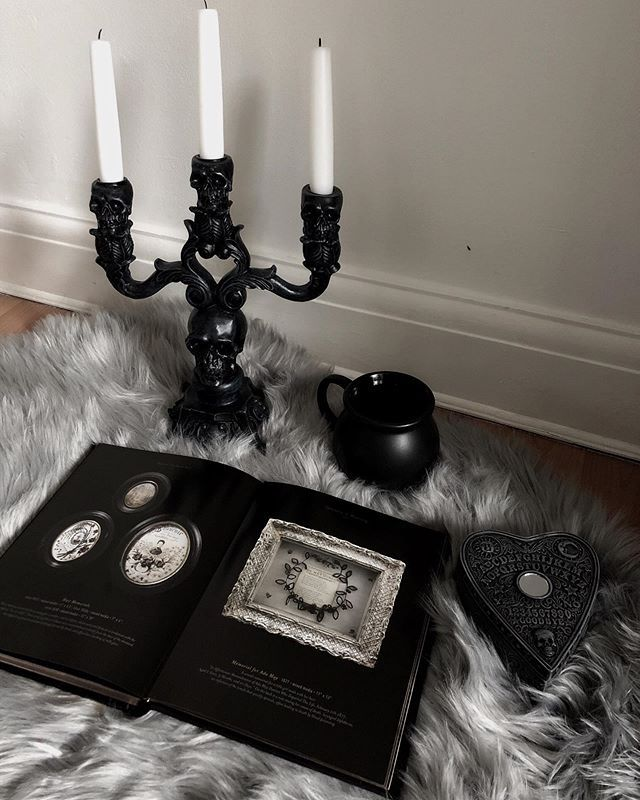 "Н–—𝖔𝖘𝖎𝖊 Н–ð–""𝖗𝖉𝖆𝖓 Rosie Bud Gothic Decor Gothic Decor Goth Home Decor Goth Home"