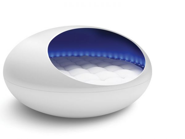 This Is A $30,000 Vibrating Musical Waterbed (With Mood Lighting!) WANT!