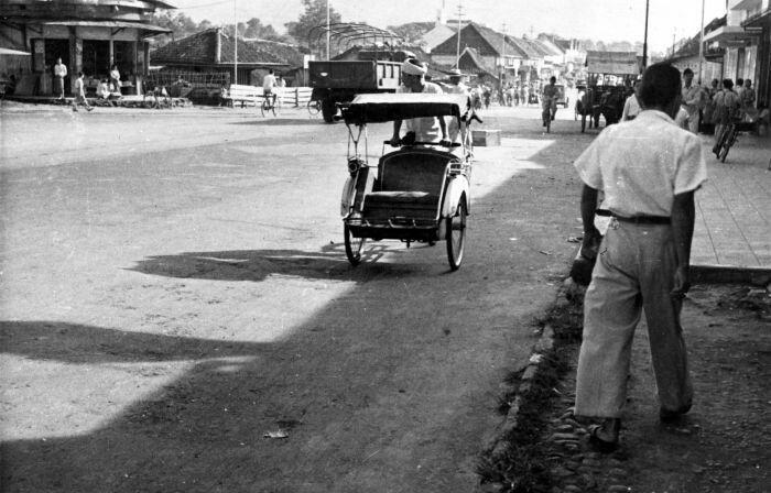 De Groote Postweg Bandoeng 1950.