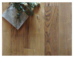Pavimento in legno massello di castagno nazionale Italiano