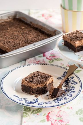Brownie con mousse de chocolate