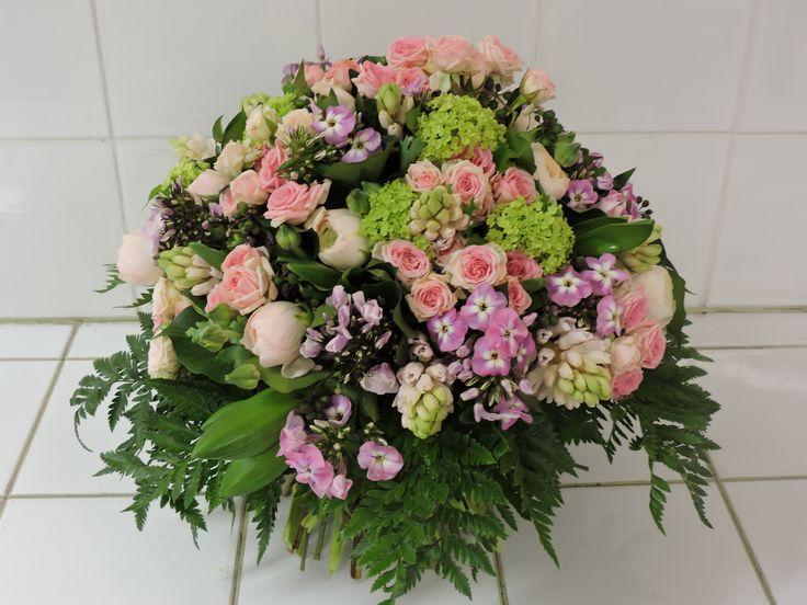 bouquet rond decoratif de saison r alis par dominique kwiatek fevrier 2017 pink wedding. Black Bedroom Furniture Sets. Home Design Ideas