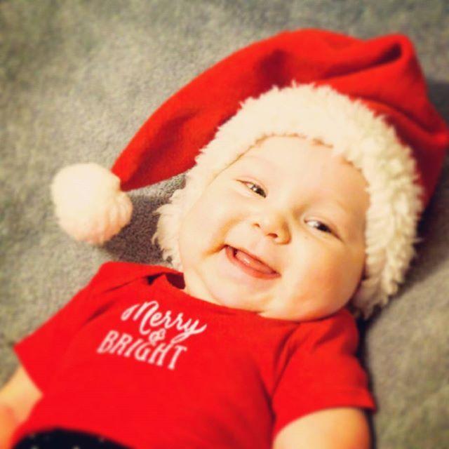 Мій маленький ельф бажає всім солодких снів #дети#инстадети#малыш#инстамалыш#инстамама#instamama#adorablelittleangels #children_live_flowers #happy_karapuz #children#instachildren#kid#kids#instakid#instakids#child#instachild#baby#babygirl#instababy#cutie