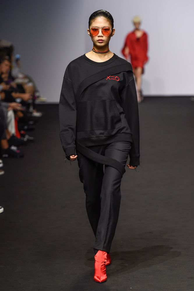 FOR ART'S SAKE T-SHIRT CHERRY at Seoul Fashion Week DOZOH SS18. Seen in Vogue Online.