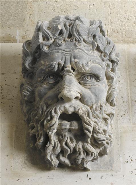 """""""Mascaron du Pont Neuf"""". Ecouen, musée national de la Renaissance - Photo (C) RMN-Grand Palais (musée de la Renaissance, château d'Ecouen) / René-Gabriel Ojéda"""
