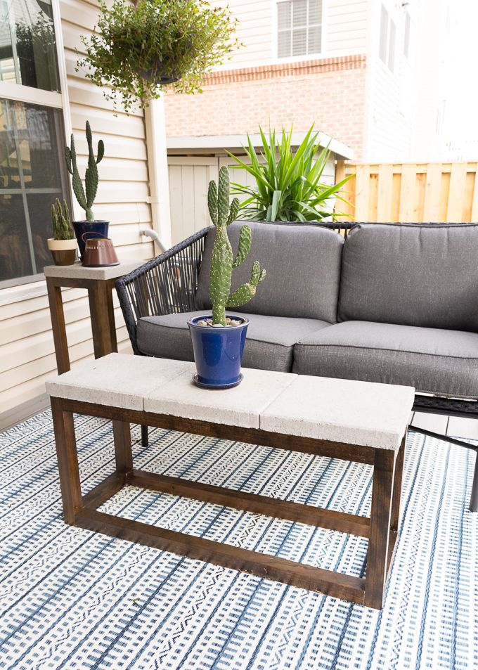 Diy Outdoor Coffee Table With A Concrete Top Diy Furniture Cheap