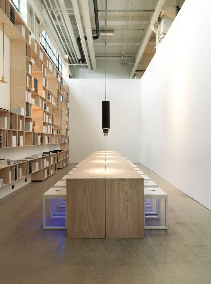Bjarnhoff 8 m table in Douglas