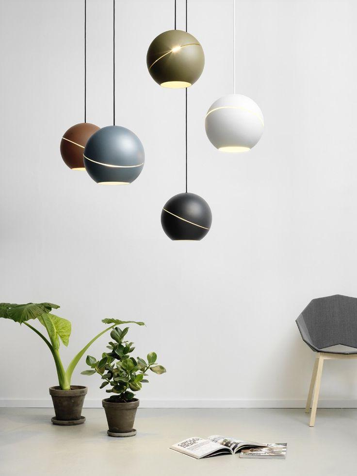frederik-roijé-sliced-sphere-2016-maison-et-objet-designboom-01-818x1090.jpg 818×1.090 pixels