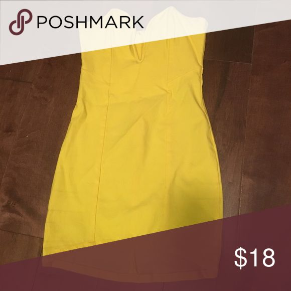 Yellow tube dress V in front to show cleavage. Perfect for a night out Nasty Gal Dresses Mini